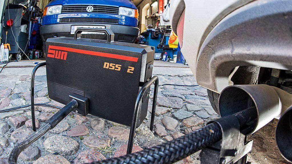 """""""Jetzt beginnt für die Automobilindustrie die Bewährungszeit"""": Für den deutschen Justizminister Heiko Maas sind Fahrverbote bei Nichteinhaltung der Abgasvorschriften weiterhin nicht vom Tisch. (Symbolbild)"""