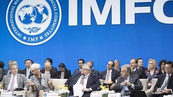 IWF-Lenkungsausschuss (IMFC) mit IWF-Direktorin Christine Lagarde (2.v.l.)