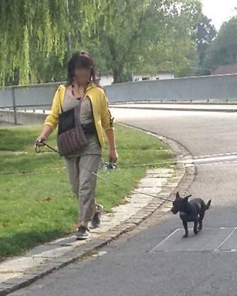 Sie ging oft mit ihrem Hund an der Aare spazieren.