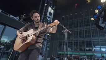 Der amerikanische Musiker Kail Baxley war einer der ersten, die am diesjährigen Blue Balls Festival in Luzern auftraten.
