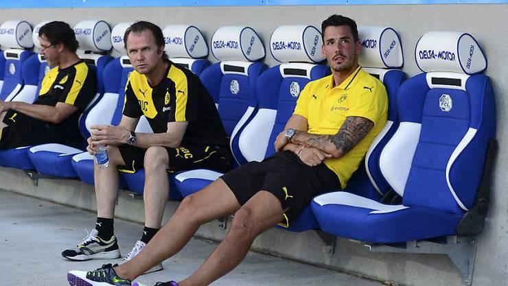 Goalie Roman Bürki sitzt nur auf der Ersatzbank