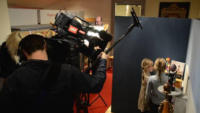 SRF-Dreh im Badener Kindermuseum: Kasperli-Theater für die Kamera.