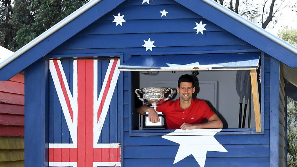 Die Fans von Novak Djokovic sind ganz aus dem Häusschen: Der Serbe holt sich einen wichtigen Rekord von Roger Federer