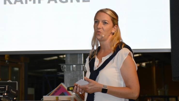 Impression von der Lancierung der Street-Art-Kampagne und Buchpräsentation in Laufenburg: Yvonne Gredig.