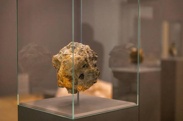 Künstliche Steine:  Die «Metamorphism» entstanden aus geschmolzenen und wiedererstarrten Handys und Laptops.