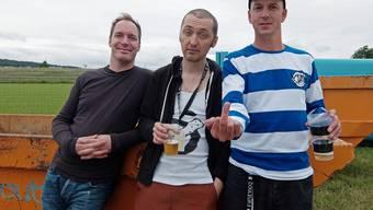 Jack Stoiker (Mitte) mit der Band Knöppel. Links Marc Jenny, rechts René Zosso.