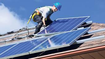 Nicht alle Dächer sind für Solaranlagen geeignet (Symbolbild)