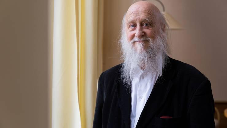 Roland Buser erforscht seit über 40 Jahren die Geheimnisse des Kosmos.
