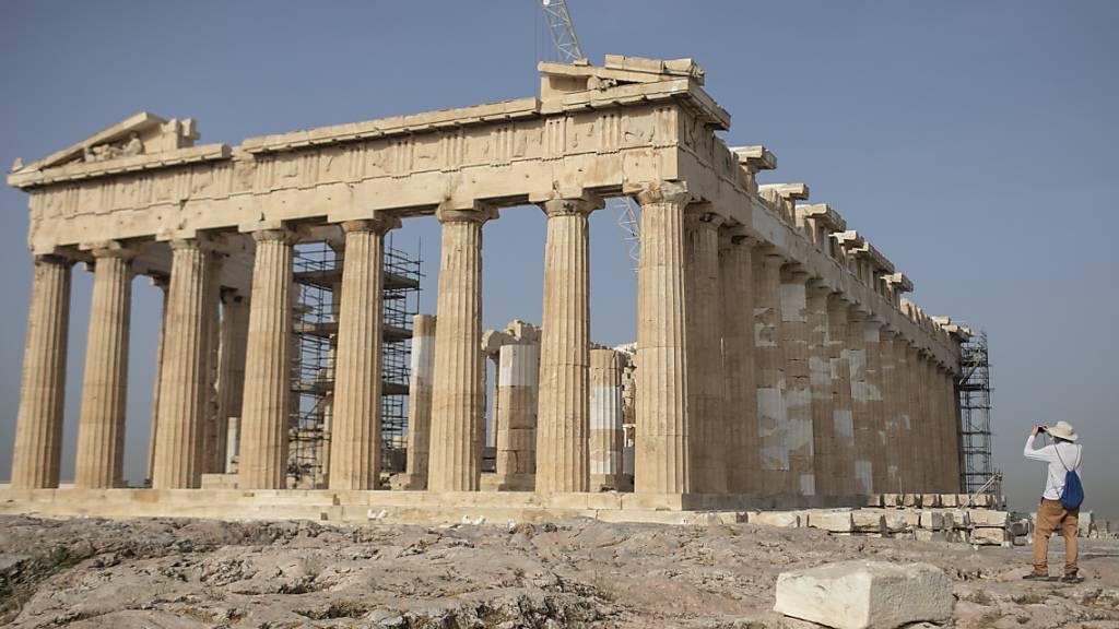 In Athen sollen mehr als acht Milliarden Euro in den Ausbau des Flughafens investiert werden. (Archivbild)