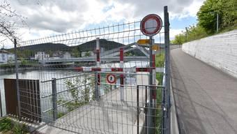 Die Sperre beim Gäubahnsteg wurde rund 400 Meter flussaufwärts verlegt.