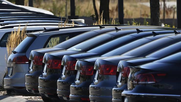 Deutsche Autohersteller werden laut Verbandsangaben im laufenden Jahr eine Rekordproduktion erreichen. (Archiv)