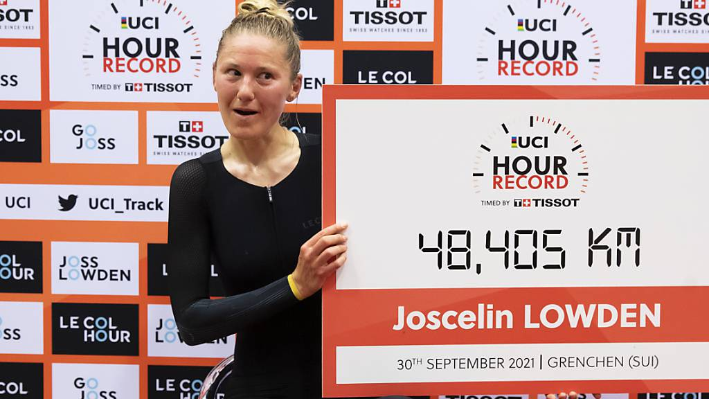 Erfolgreicher Weltrekordversuch: die Britin Joscelin Lowden in Grenchen