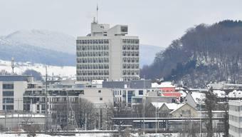 Die Stadtverwaltung und ihre Tätigkeiten sollen bis 2040 klimaneutral sein. Die Mehrkosten dafür sind bisher nicht klar.