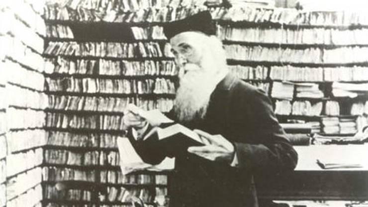 """James Murray (1837-1915) unterschätzte Antisemitismus. Sowohl den Begriff wie die Sache hielt er für eine vorübergehende Erscheinung, deshalb nahm er die Vokabel nicht ins Oxford Dictionary auf. Später seufzte er: """"Hätte der Antisemitismus doch nur ein flüchtiges Interesse gehabt."""" (WikiCommons)"""