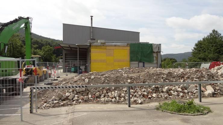 Vom Stationsgebäude ist nichts mehr zu sehen