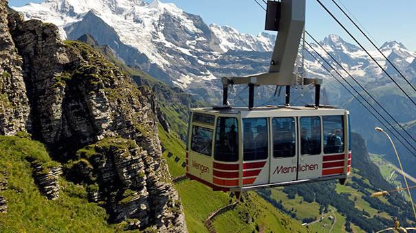 Wettbewerb: Gewinne ein Wochenende für 10 Personen im Berner Oberland