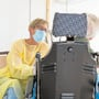 Das Coronavirus hinterlässt Spuren in den Taschen der Pflegeheime.