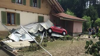 Die Uerke erlangte am 8. Juli 2017 eine solche Kraft, dass sie gar Autos aufs Geröll schob.