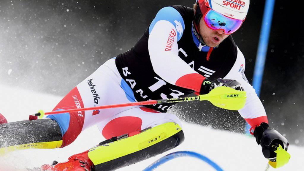 Mauro Caviezel kämpft sich nach Bestzeit im Super-G durch die Slalomtore - am Ende wird er Sechster