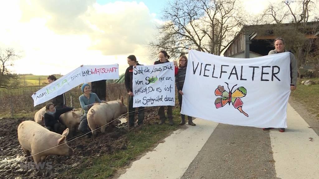 Bauern und Klimaaktivisten demonstrieren gemeinsam