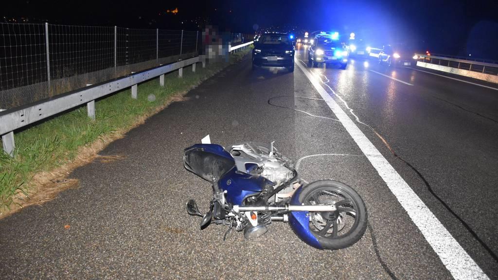 Töfffahrer bei Unfall auf der A1 bei Niederbipp schwer verletzt