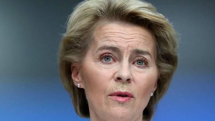 Das Geld der Geberkonferenz zur Corona-Pandemie soll eingesetzt werden, um besonders verwundbare Länder zu unterstützen, sagte EU-Kommissionspräsidentin Ursula von der Leyen.