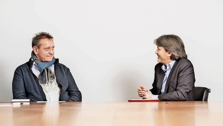 Zwei, die sich in der Sache nicht einig sind: André Bender (SVP) ist gegen, Markus Bärtschiger (SP) für das kommunale Ausländerstimmrecht.