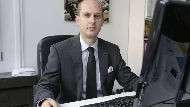 Joël Thüring will es genau wissen: Regierung soll Fakten zu 1:12 auf den Tische legen.