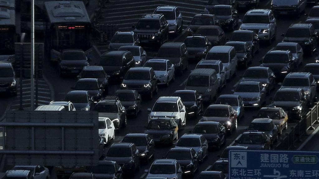 Auto-Absatz in China geht weiter zurück - auch E-Autos schwächeln. (Archiv)