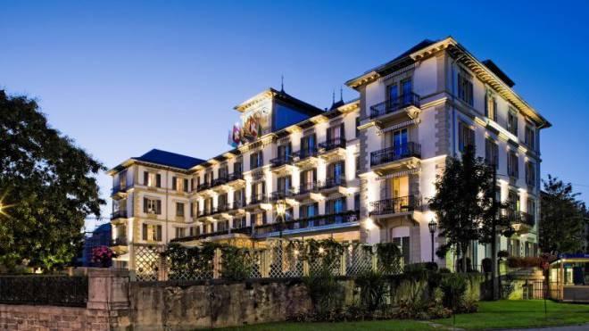 www.hoteldulac-vevey.ch