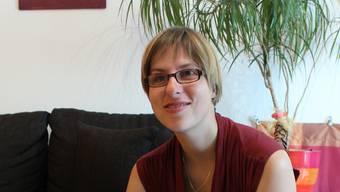 Sabine Reist arbeitet seit 2005 mit anderen Sehbehinderten im Service des «Dunkel-Restaurants» Blindekuh in Zürich.