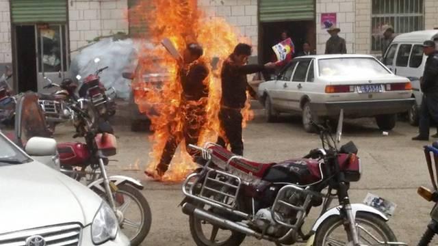 Dutzende Tibeter haben sich in den vergangenen Monaten selbst verbrannt (Archiv)
