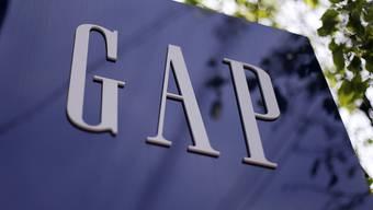 Spart bei Personal und Filialen: US-Modekette Gap (Archiv)