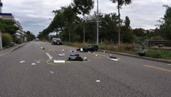Die Motorradlenkerin verletzte sich beim Sturz in der Birsstrasse und musste ins Krankenhaus gebracht werden.
