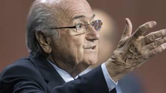FIFA-Präsident Joseph Blatter spricht während des 65. FIFA-Kongresses im Zürcher Hallenstadion zu den Delegierten