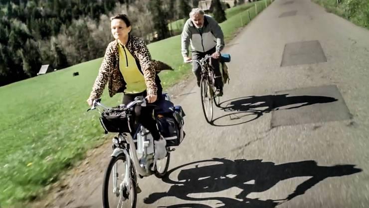 """Rhona Mühlebach erhält Preis für ihren Film """"Abseits der Autobahn"""""""