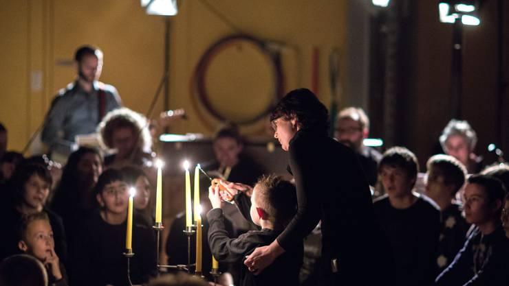Impressionen von der Weihnachtsfeier des Zentrums für körper- und sinnesbehinderte Kinder Solothurn