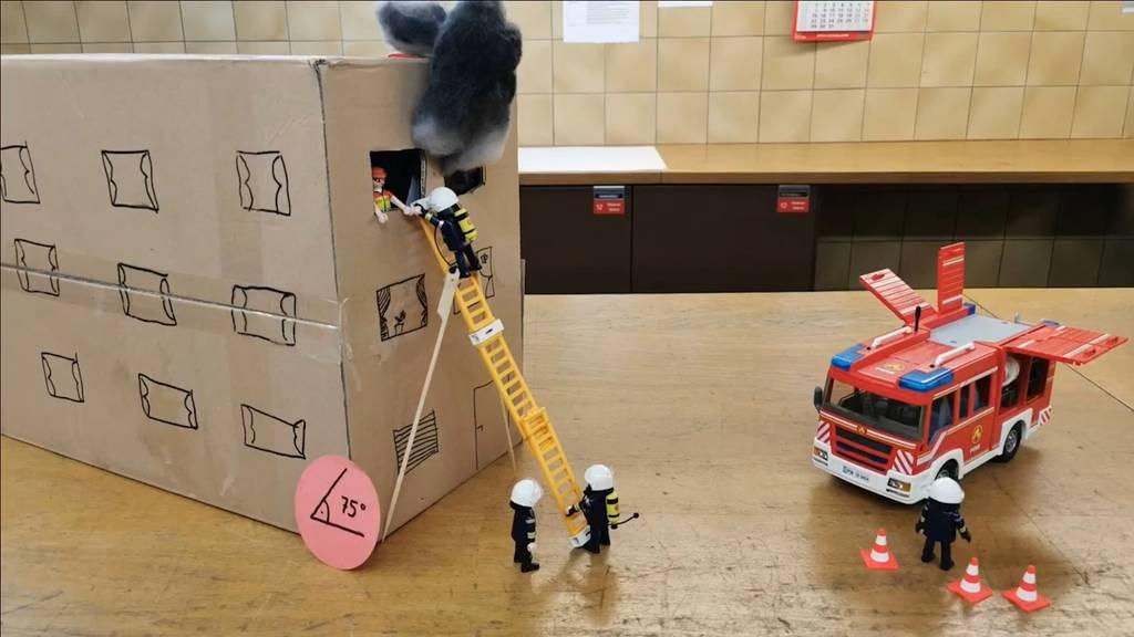 Diese Playmobil-Feuerwehr löst jedes Problem