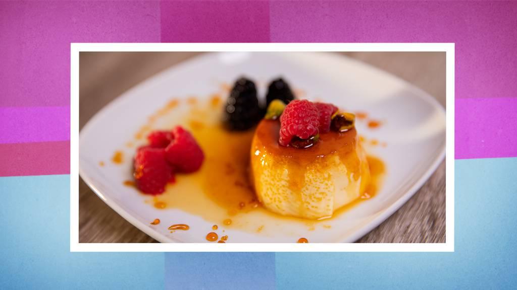 Dessert: Flan mit karamellisierten Früchten