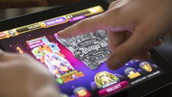 Das Online-Glücksspiel könnte schon bald reguliert werden. (Symbolbild)