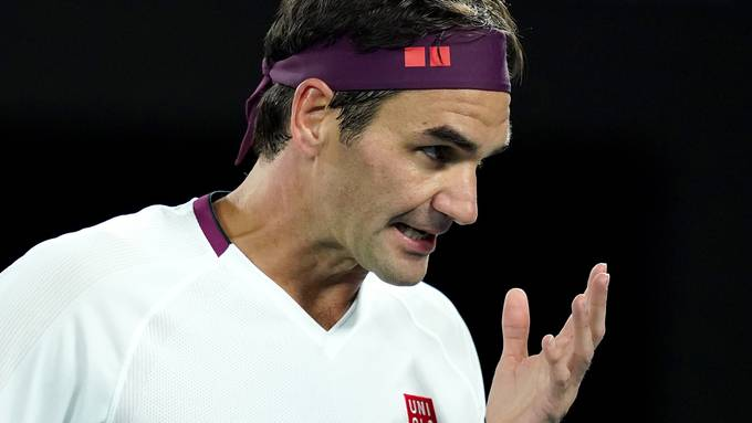Roger Federer wird für seine verbale Entgleisung gebüsst.
