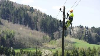 Günstige Strombeschaffungskosten lassen die Kasse der EKZ klingeln. Das weckt Begehrlichkeiten beim Kanton. (Symbolbild)