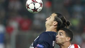 Zlatan Ibrahimovic bei der Ballannahme.