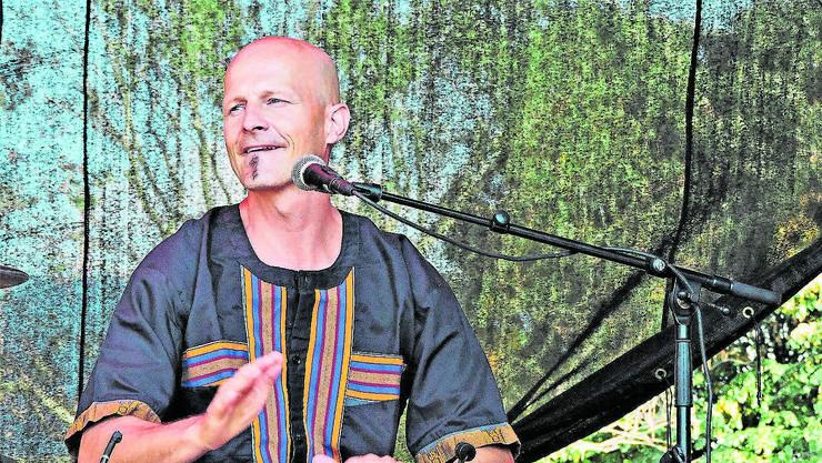 Willi Hauenstein tritt immer wieder bei Festivals auf – und begeistert mit seiner Trommelkunst.