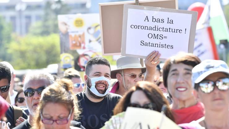 Nach Zürich nun auch in Genf: Hunderte demonstrieren am Samstag gegen die Corona-Schutzmassnahme und namentlich gegen die Maskenpflicht.