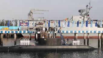 Das neue iranische U-Boot ist auch mit Marschflugkörpern ausgerüstet.