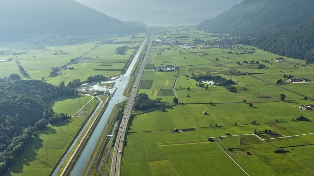 Tausende Böötler erwartet: Linthkanal im Sommer für Motorschiffe gesperrt