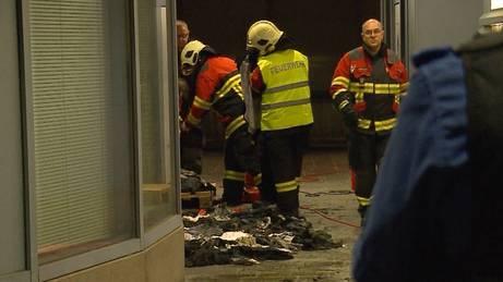 Jeansladen in Flammen: War es Brandstiftung?