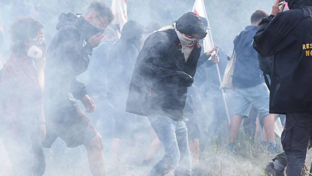 Gewalttätigkeiten bei Demo gegen Bahntrasse Turin-Lyon