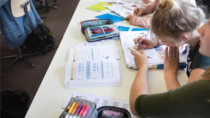 20 Prozent der Schweizer Jugendlichen gehen ans Gymnasium. Braucht es künftig 30 Prozent?Gaetan Bally/Keystone